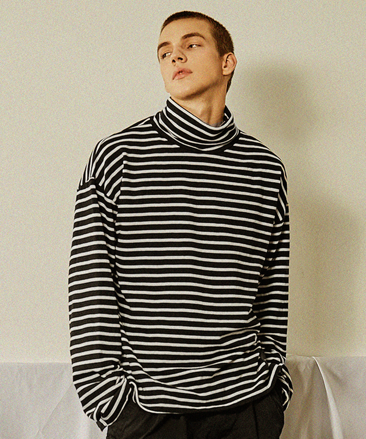 Stripe Turtleneck (Black)