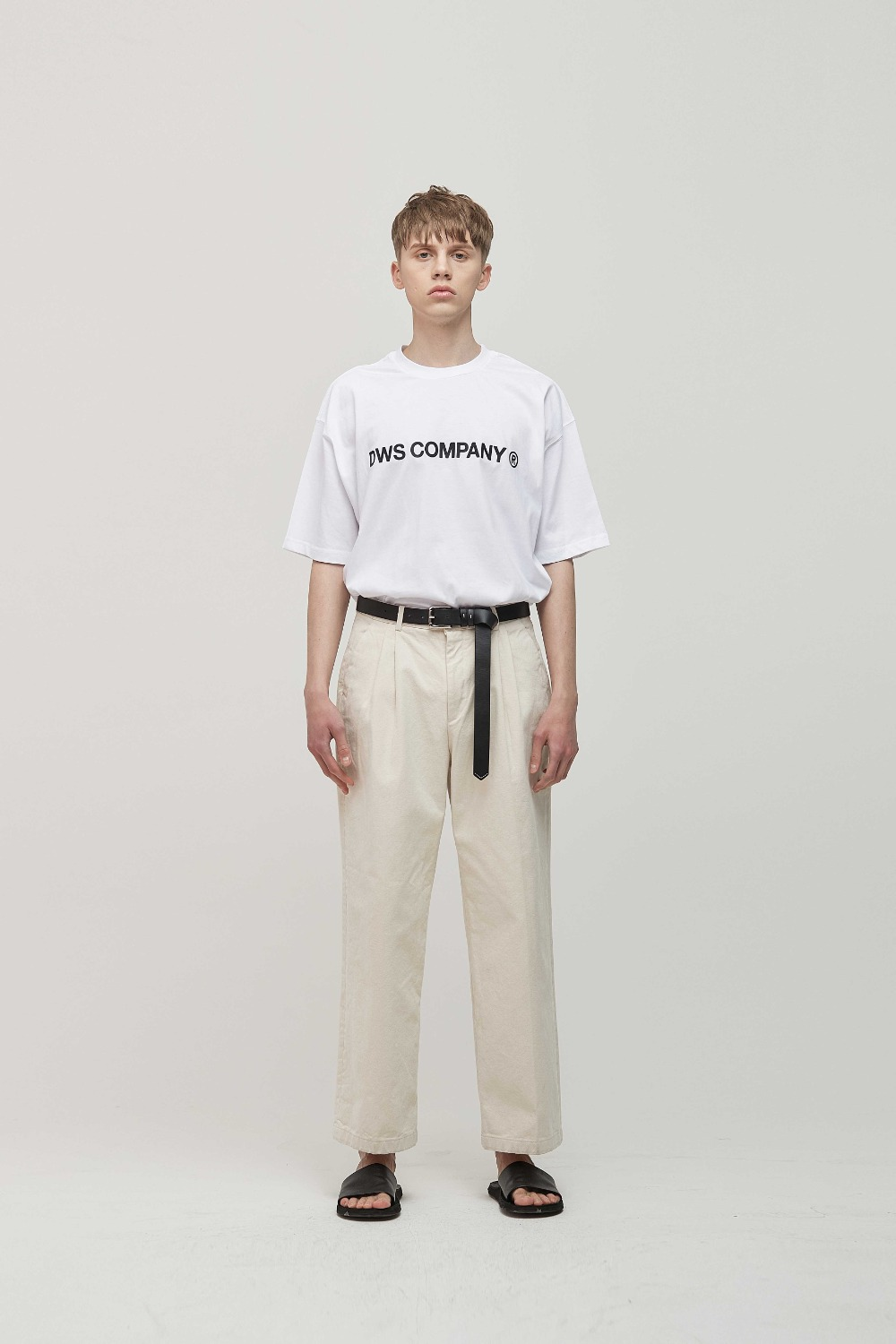 SIGNATURE LOGO T-SHIRTS + TROUSER PANTS