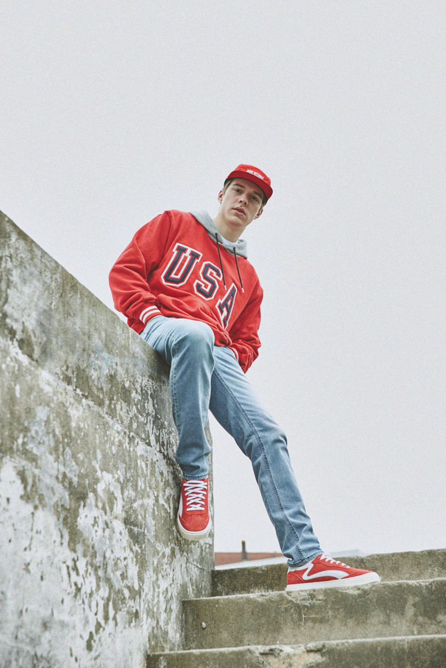 USA SWEAT HOODIE RED