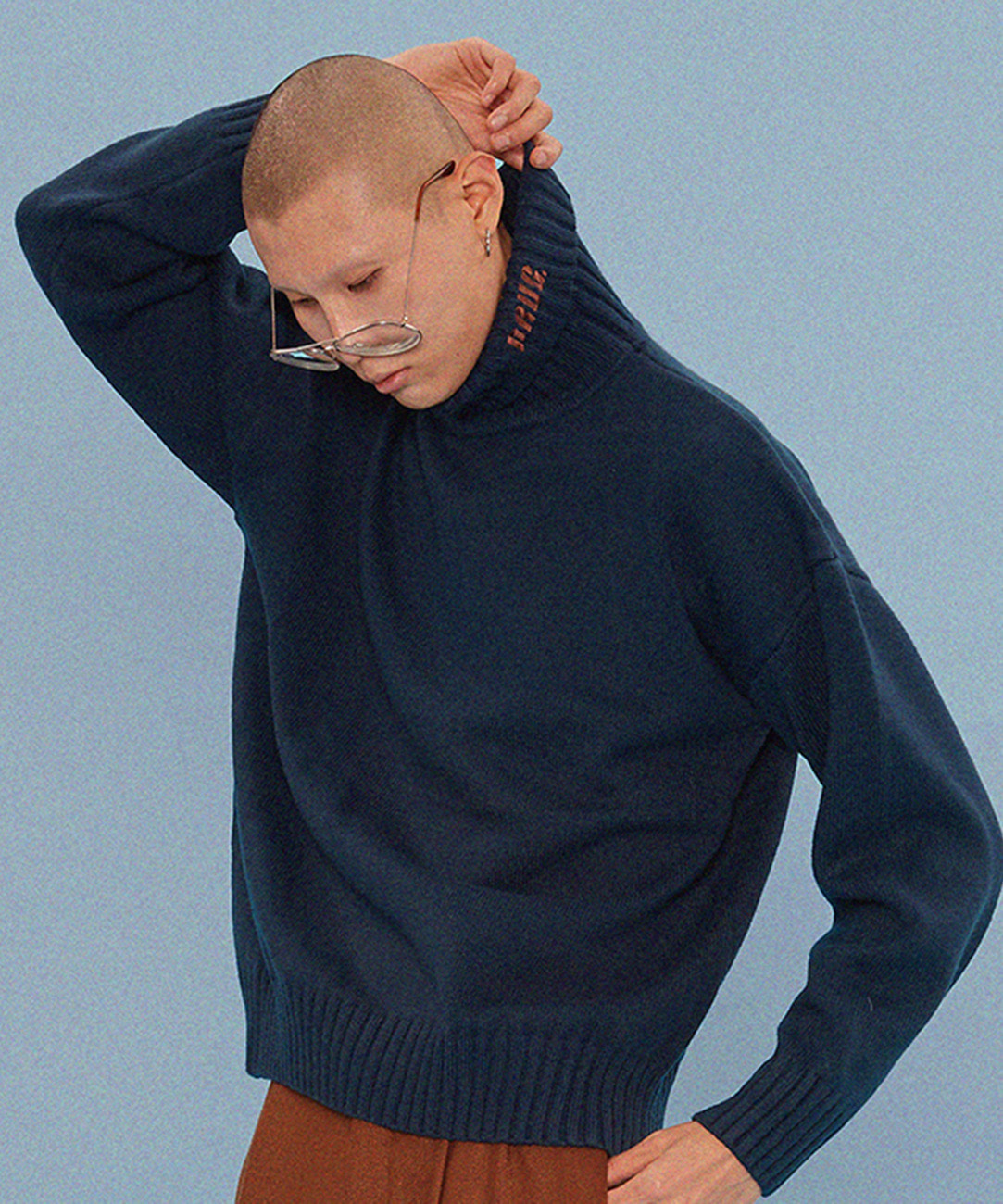 DRUG Turtleneck Knit (Navy)