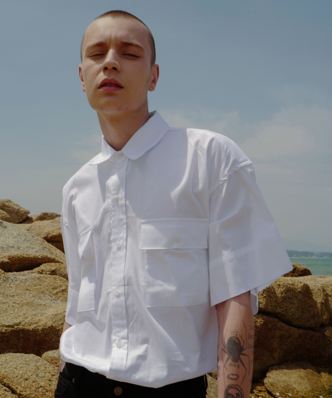 Oversized Cuffs Shirts (White)