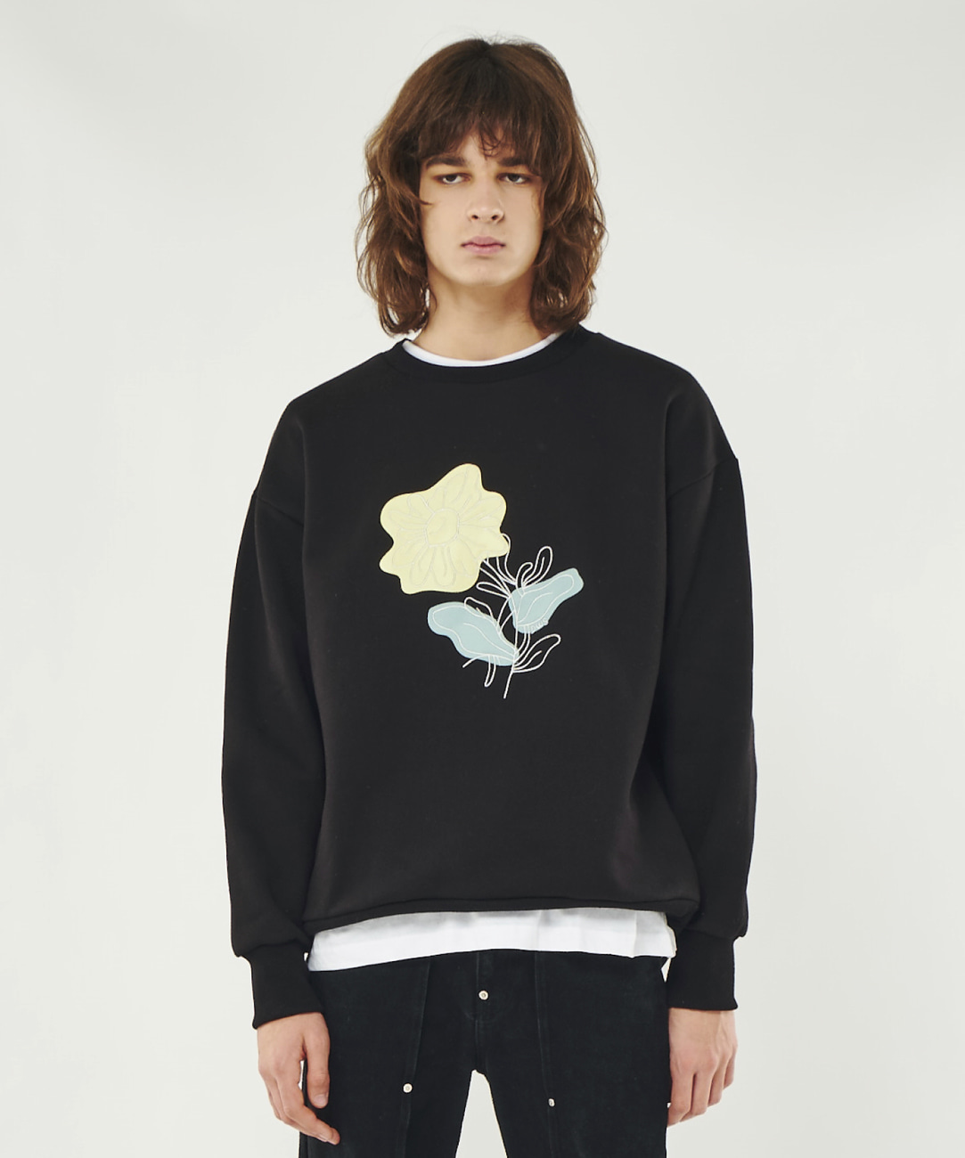 DWS FLOWER EMBROIDERY SWEATSHIRT