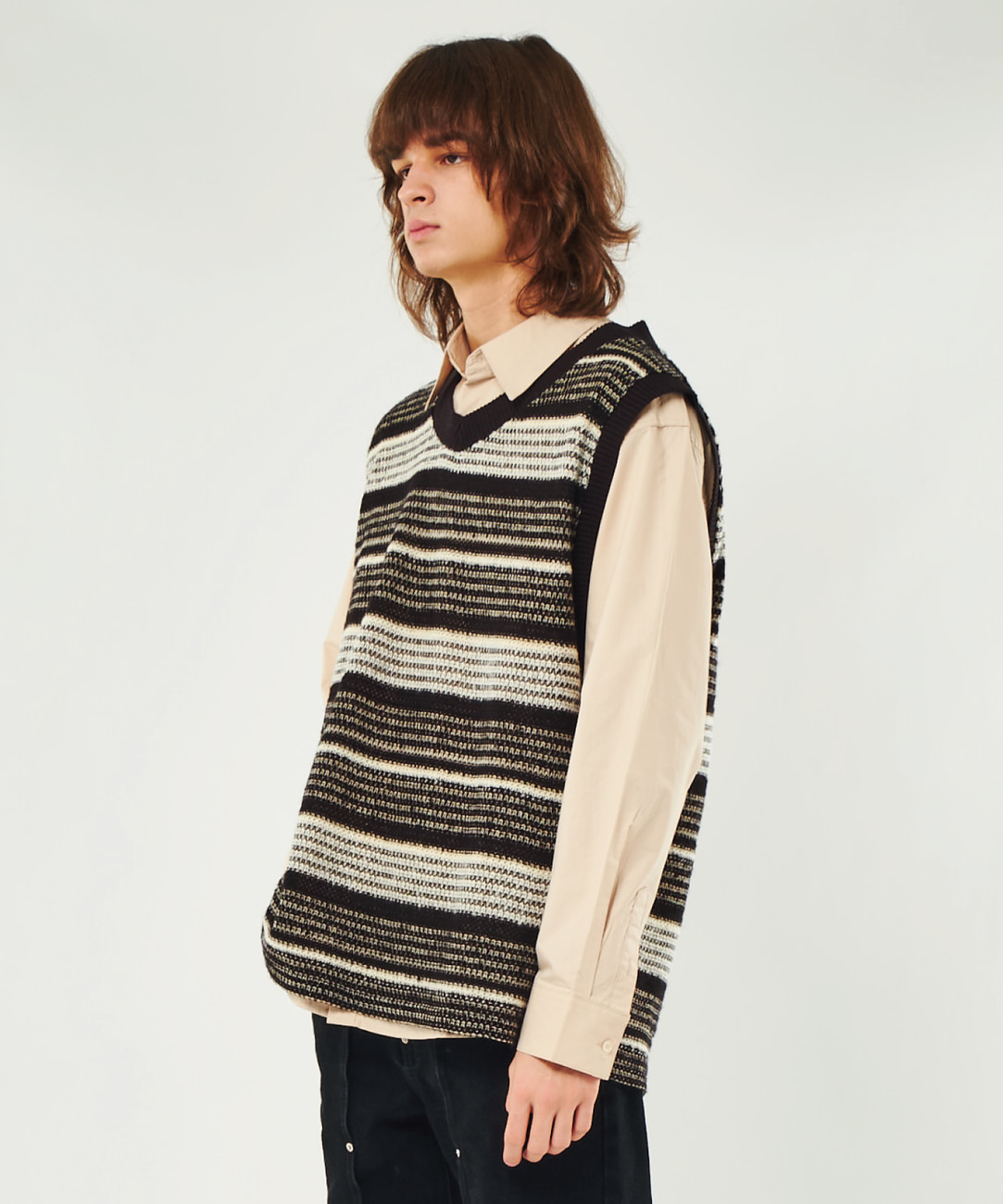 DWS V-NECK KNIT VEST